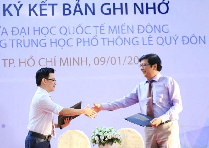 ĐH Quốc tế Miền Đông hợp tác phát triển năng khiếu khoa học