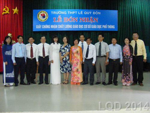 Lễ đón nhận giấy chứng nhận chất lượng giáo dục cở sở giáo dục phổ thông