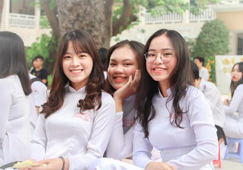 Lễ tri ân và trưởng thành đầy cảm xúc của teen Lê Quý Đôn