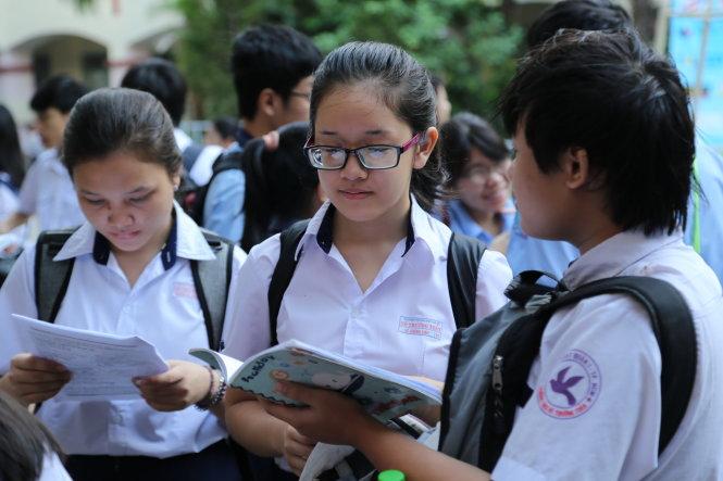 Sở GD-ĐT TP.HCM công bố điểm chuẩn vào lớp 10 công lập năm học 2017 - 2018
